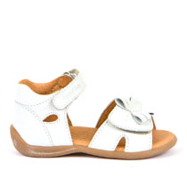 Sandale za djevojčice s 3D leptirom picture